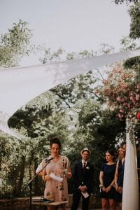 le discours d'une témoin lors d'un mariage