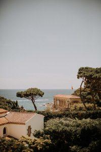 la vue sur la mer d'une plage en Espagne