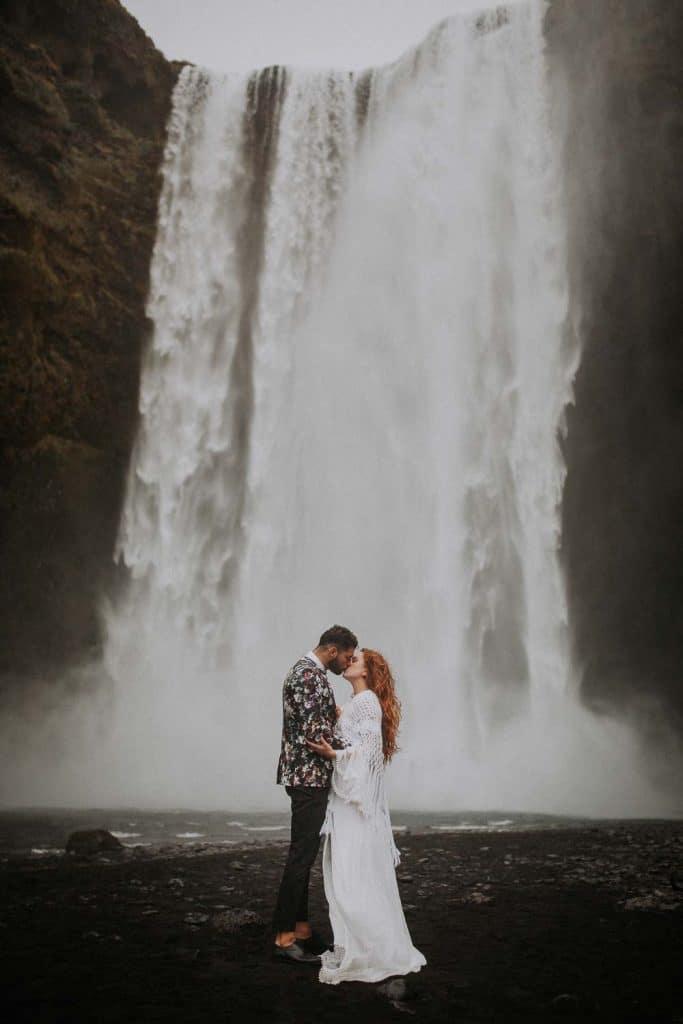 un couple de Toulouse qui se marie en Islande