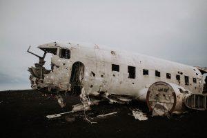 une carcasse d'avion en Islande